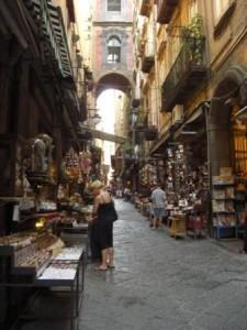 presepi di San Gregorio Armeno eventi culturali, associazione culturale, visite guidate Napoli, turismo, Napoli, intelligo promotion, maggio dei monumenti, musei, mostre, fiere